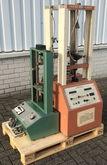 1990 Thwing QCII Tensile tester