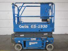Used 1997 GENIE GS19