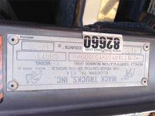 1999 Mack CH613 Truck