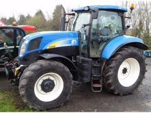 2011 NEW HOLLAND T6090