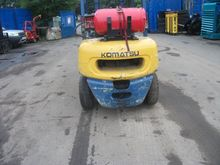 KOMATSU FG25 GAS FORKLIFT