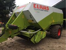 2004 CLAAS QUADRANT 2200 C/W CR
