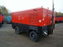 2005 INGERSOLL RAND 12-235 COMP