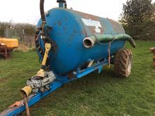 MALGAR 1300 GALLON TANKER good