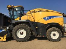 NEW HOLLAND FR9060 SELF PROPELL