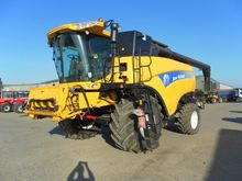 2012 NEW HOLLAND CX8080