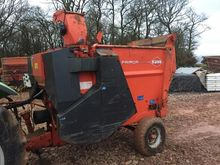 KUHN STRAW CHOPPER Trailed stra