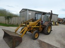 FORD 4000 WHITLOCK 2WD DIGGER R