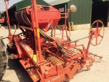KHUN VENTA 4M POWER HARROW COMB