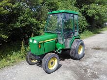 JOHN DEERE 955 Cabbed Tractor o