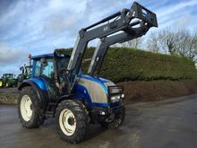 2005 VALTRA M130 HITEC WITH Q65