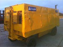 COMPAIR 700(700 CFM) diesel Com