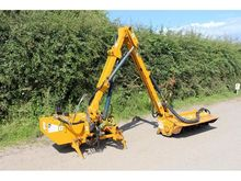 BOMFORD B467 HEDGE CUTTER Tidy