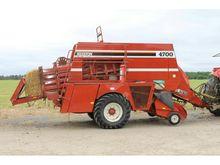 Used HESSTON 4700 LA