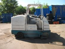 2006 TENNANT 7400 SWEEPER Diese