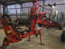 1999 KUHN MANAGER 7 FURROW SEMI
