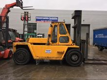 Used CATERPILLAR V30