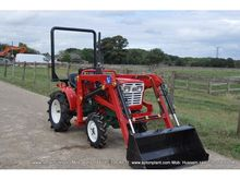 YANMAR YM1401D TRACTOR with LOA