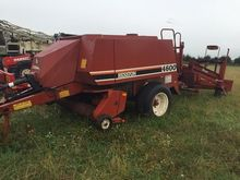 HESSTON 4600 with sledge