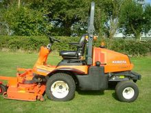 2009 KUBOTA F2880 OUT FRONT MOW