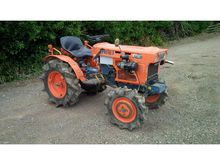 Used KUBOTA B7001 in