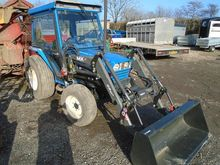 ISEKI TA530 Tractor with loader