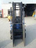 Warehouse Equipment - : PINCE A