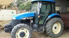 2005 New Holland TD 95 D Farm T