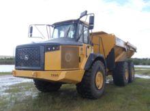 Used 2013 Deere 410E
