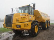 2004 Deere 300D Water Equipment