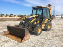 2005 Caterpillar 420D Rigid Bac