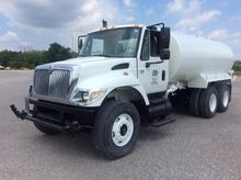 2007 International 7400 Water E