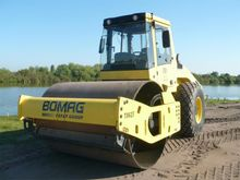 2012 Bomag BW211D Single drum r