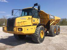 Used 2012 Deere 400D