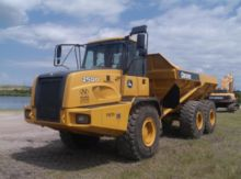 2011 Deere 250D II Articulated
