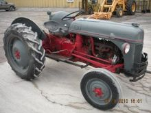 Used Ford 8N in Alan
