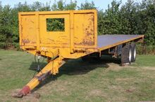 2005 MISC-AG Rolland 30' Flatbe