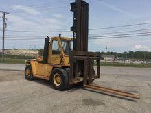 1986 Cat V330B Forklift