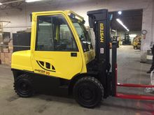 Used 2010 Hyster H90