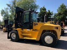 2014 Yale GDP360 Forklift