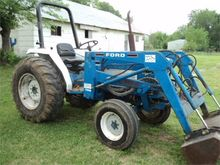 Used 1988 FORD 1920