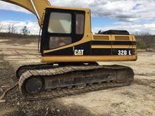 1993 Caterpillar 320L Track exc