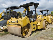 2009 CATERPILLAR CB-564D