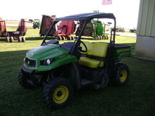 2015 John Deere XUV 550 GREEN