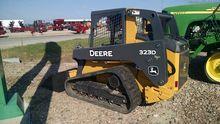 2012 John Deere CT323D