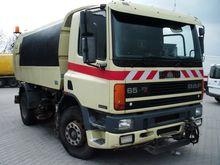 DAF 65 210
