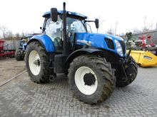 2013 Holland T 7.235 PC