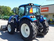 2015 New Holland T4.95