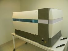 Cobas x421 Qiagen BioRobot 8000