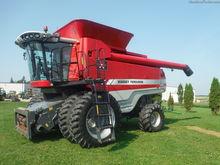 2009 Massey - Ferguson 9695
